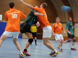 Sportverein beim Training: Handball